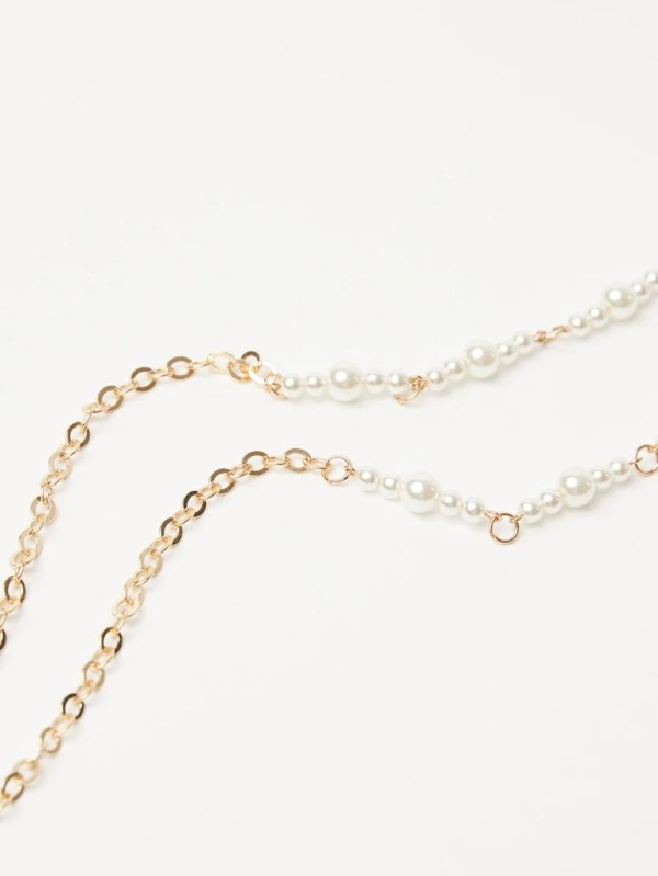 Faux Pearl & Golden Lined Sunglasses Chain Oliver Bonas