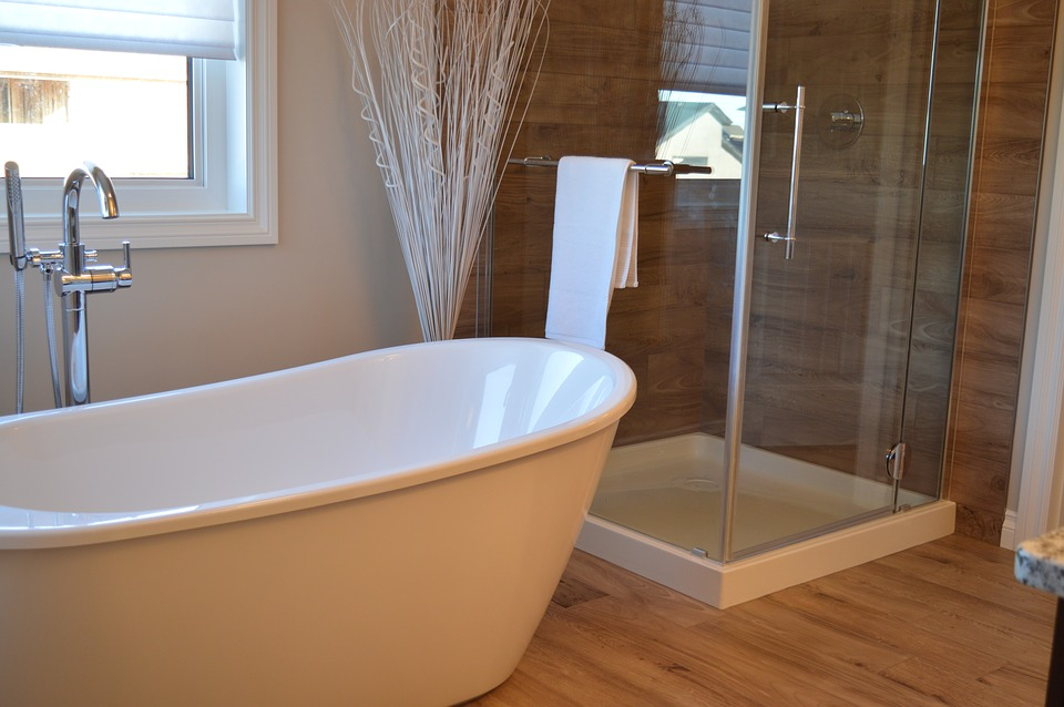 Which Bathtub or Shower Style Is Right for You? | Oliver Heating ...