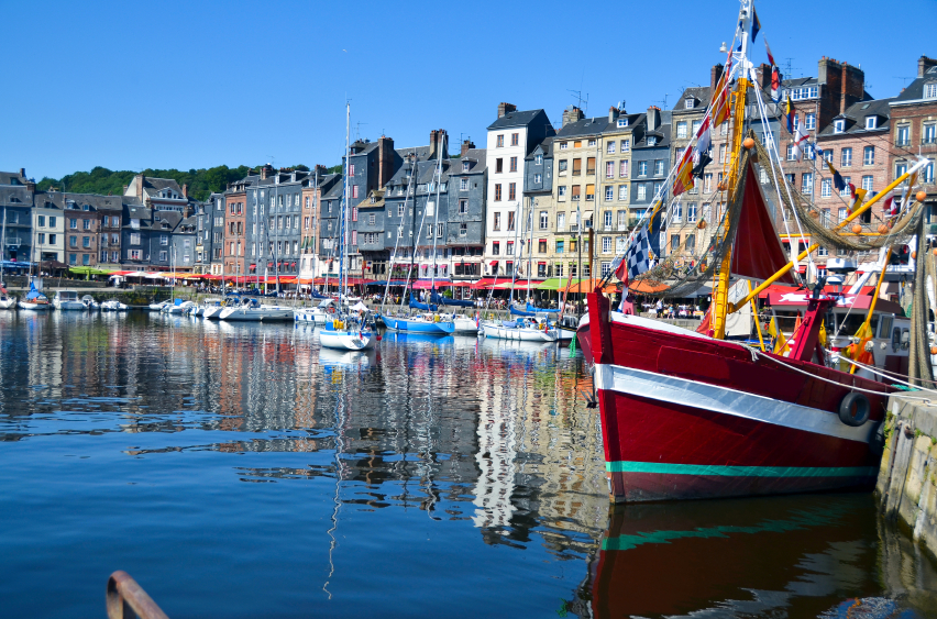 Historic And Seaside Towns Of Normandy Olivers Travels Blog