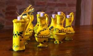 Ampolle etrusche in ceramica fatte a mano