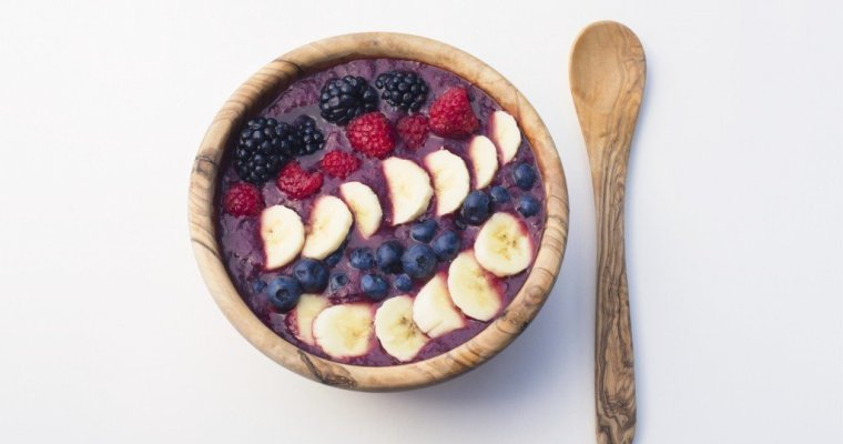 Clear Skin Acai Smoothie Bowl