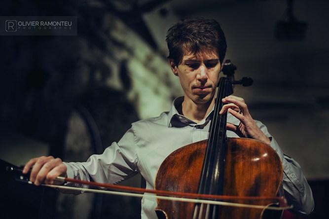 photo violoncelliste