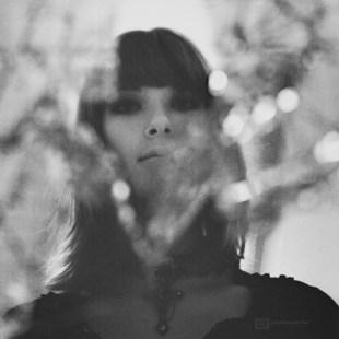 seance-photo-portrait-mejika-setsunai-2011-09-Urbex-Argentique-002-900px