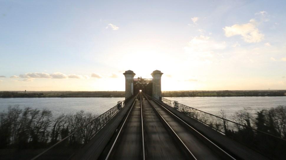 Pont eiffel-cubzac les ponts-1