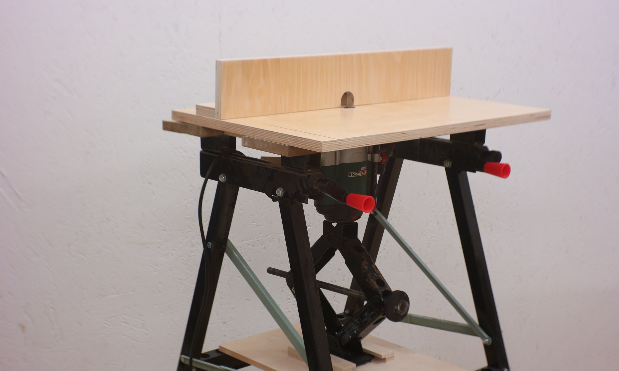Quick and Easy Portable Router Table DIY – Ollari's