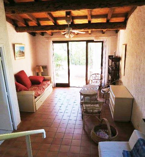 64-location-villa-corse-sud-sejour-vuecuisine