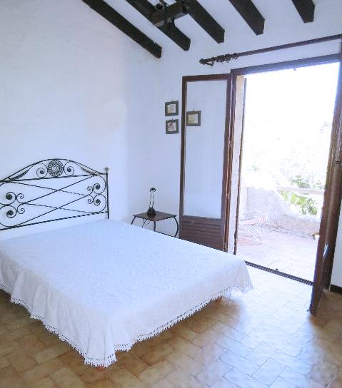 67-location-villa-corse-sud-chambre2