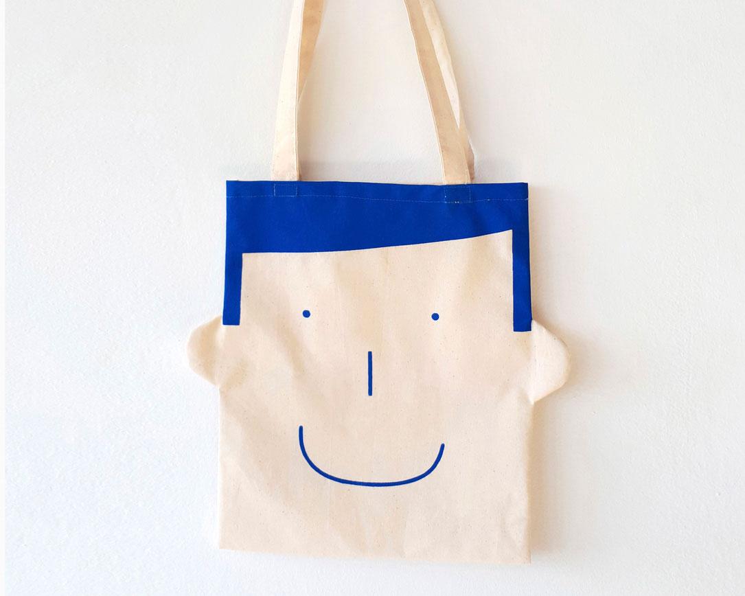 Canvas tote bag Sam in blue by Olula. Bolsa de lona
