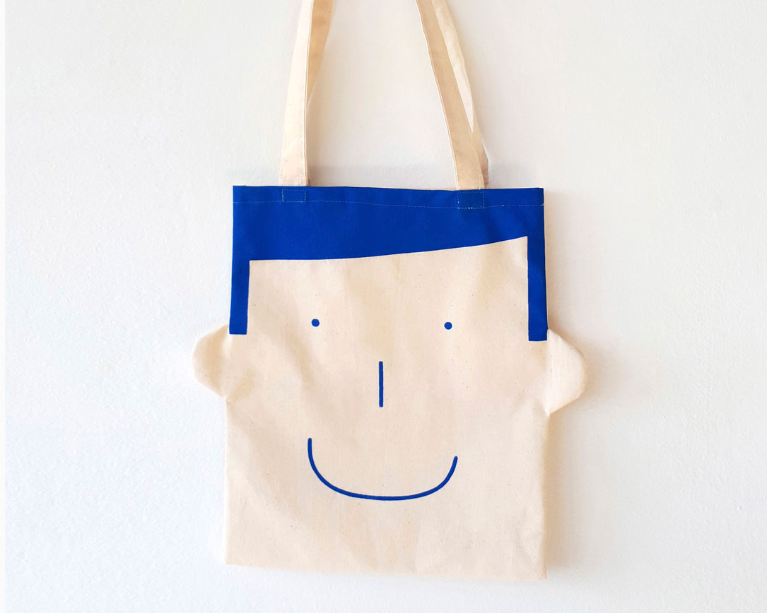 Canvas tote bag Sam in blue by Olula. Bolsa de lona