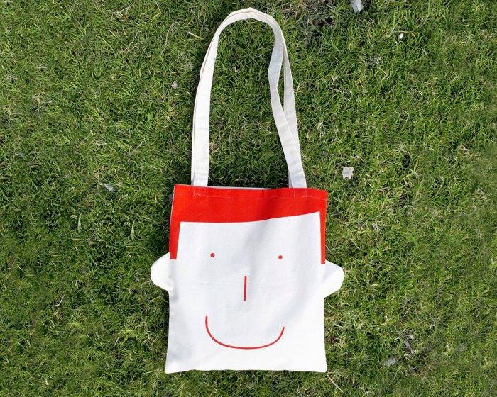 Canvas bag Sam in red by Olula. Bolsa de algodón