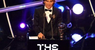 Luka Modric Wins FIFA's The Best Men's Player Of The Year Award (pic)