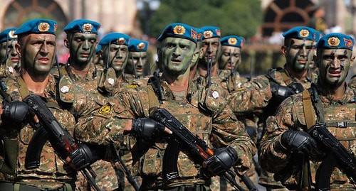 Αζέροι εισβάλλουν στο Καραμπάχ! Ηρωική αντίσταση από τους Αρμένιους (Βίντεο)