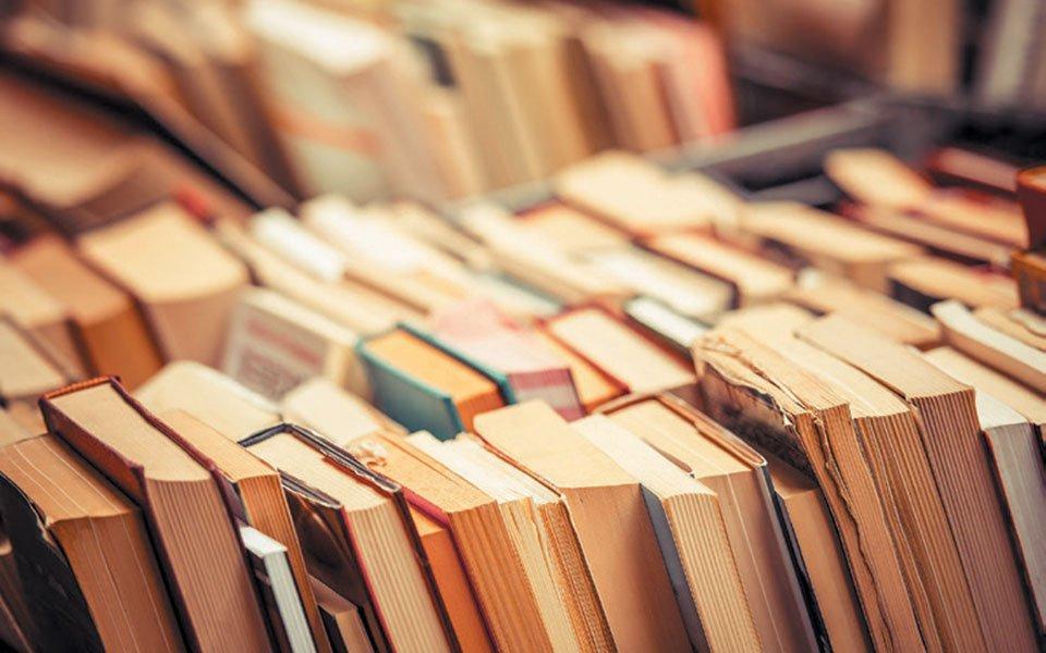 """Η σημασία της λογοτεχνίας στην ζωή των Ελλήνων ως αντίδοτο στις σύγχρονες """"σοφιστείες"""" των social media..."""