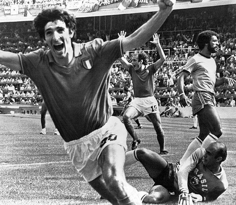"""""""Έφυγε"""" στα 64 ο ήρωας της Ιταλίας στο Μουντιάλ 1982, Πάολο Ρόσι"""