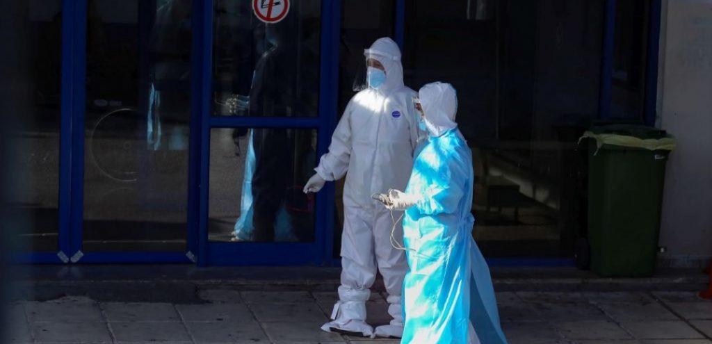 Θεσσαλονίκη | Λίγες κενές κλίνες ΜΕΘ στα νοσοκομεία - Μειώνεται η προσέλευση ασθενών με covid-19
