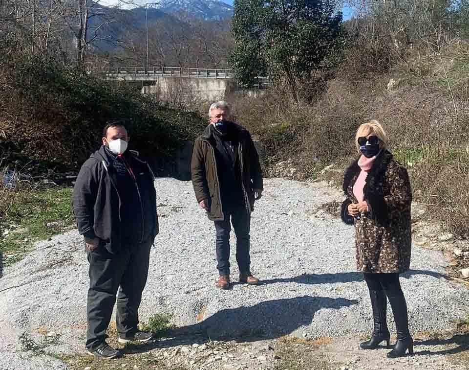 Π.Ε. Πιερίας | Σωστικές ενέργειες καθαρισμού ρεμάτων στη Λεπτοκαρυά