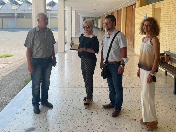 Βράβευση της Αντιπεριφερειάρχη Πιερίας για τη στήριξή της στο Εσπερινό ΕΠΑ.Λ. Κατερίνης