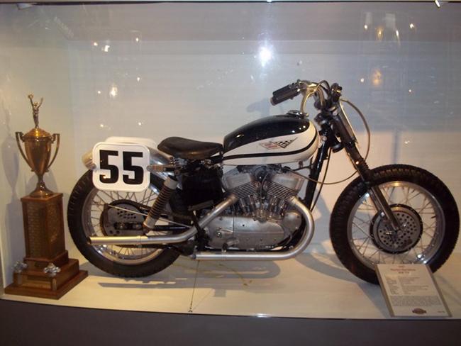 barber-motorcycle-mus-920-15