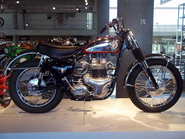 barber-motorcycle-mus-920-27