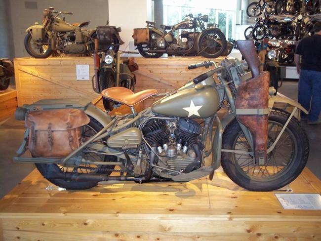 barber-motorcycle-mus-920-3