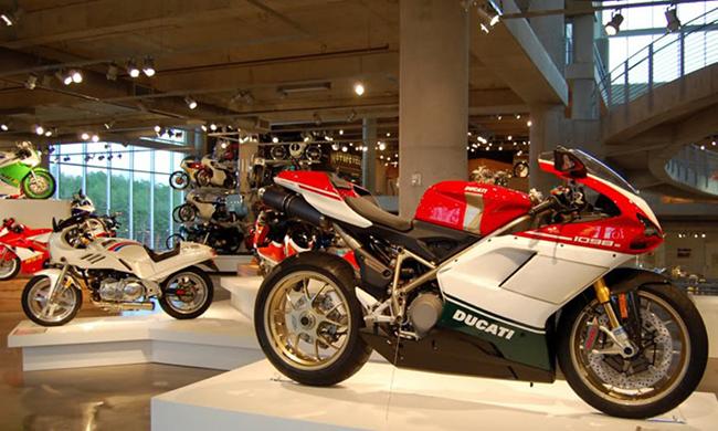 barber-motorcycle-mus-920-60