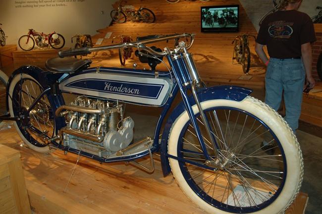 barber-motorcycle-mus-920-86