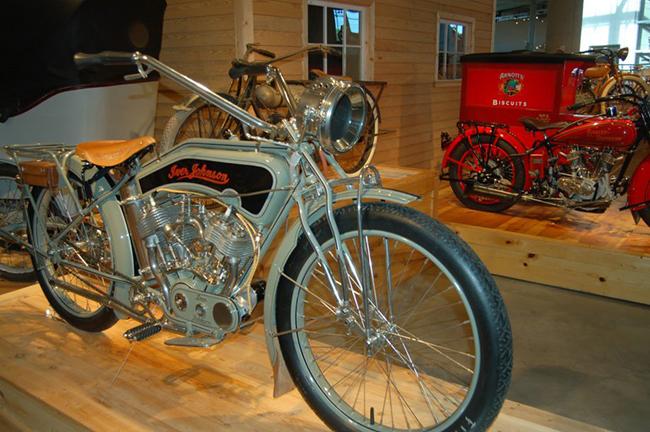 barber-motorcycle-mus-920-89