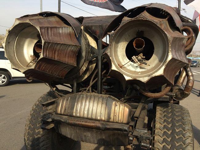 Mad Max russo - O Macho Alpha-5