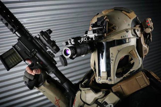 armor - O Macho Alpha-7