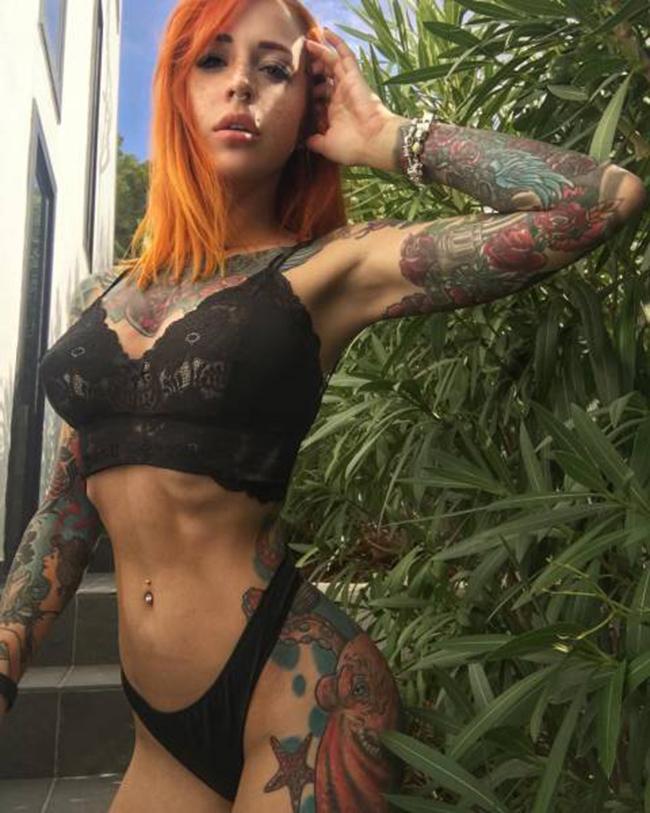 gostosas, tatuadas