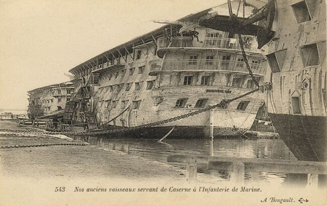 navios de madeira