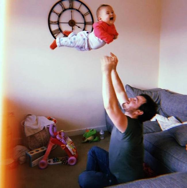 pai e o filho voador