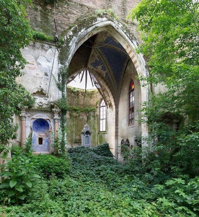 locais abandonados