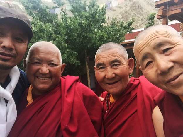 Tashi with tibetan monks
