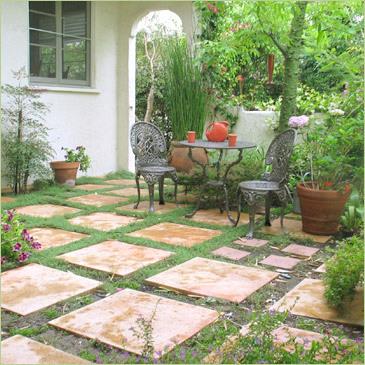 تحقق بعض النصائح حول كيفية تجميع وتزيين حديقة محلية صنع في المساحات الصغيرة من منزلك أو شقة