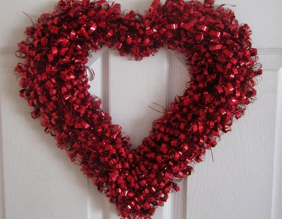 couronne en forme de coeur décoration saint Valentin