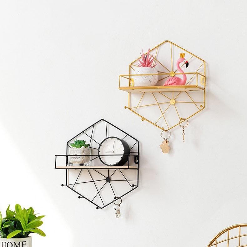 étagère murale hexagone noir et or