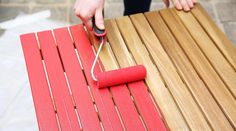 refaire la peinture du mobilier de jardin