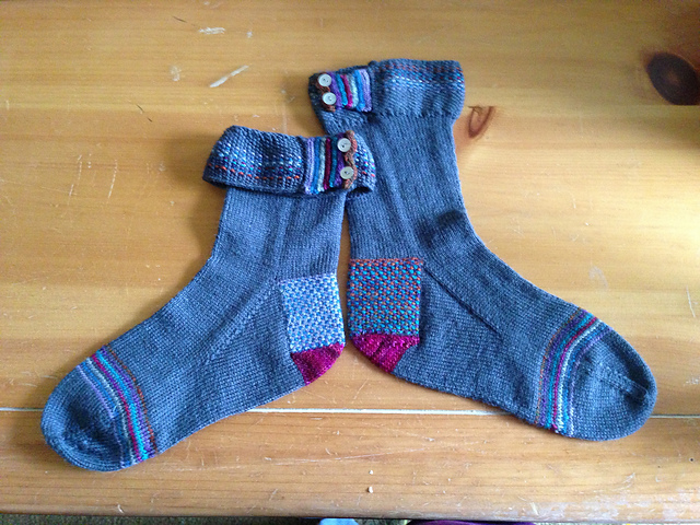 Adventures In Sock Knitting Join In On The Sock Madness Omg Yarn