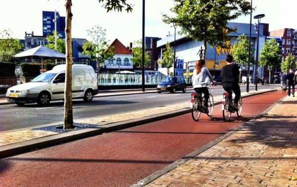 Tilburg bike lanes