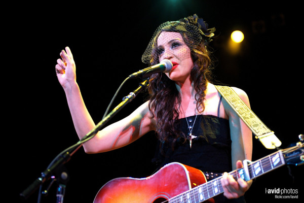"- Lindi Ortega photo from Flickr user ""Dave Lichterman"" – Creative Commons."
