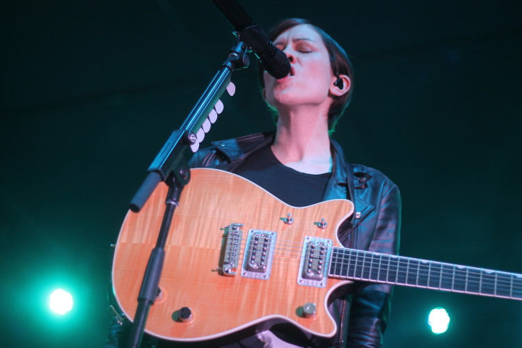 Tegan and Sara at Bessborough Gardens