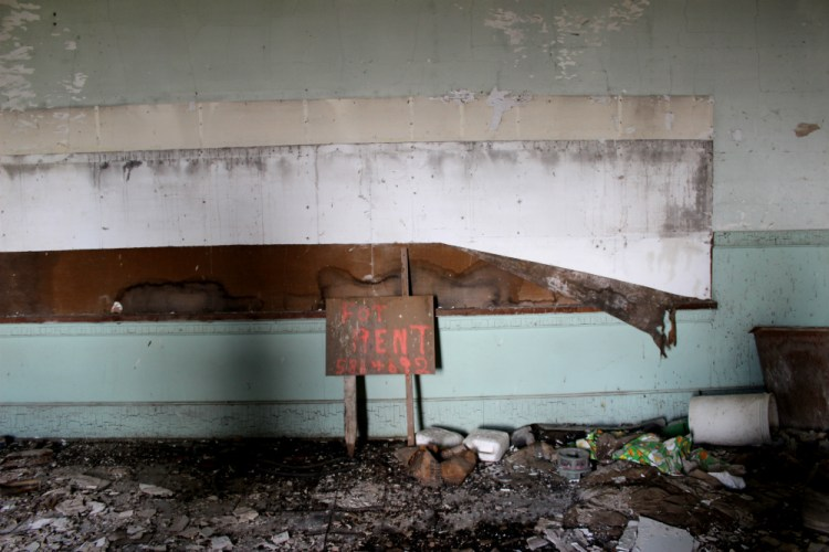 schoolhouse 02
