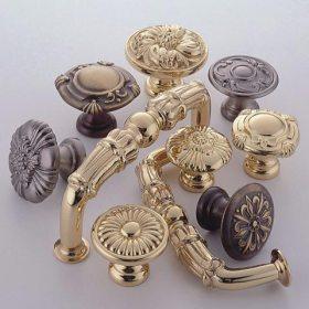 Ornate Knobs & Pulls