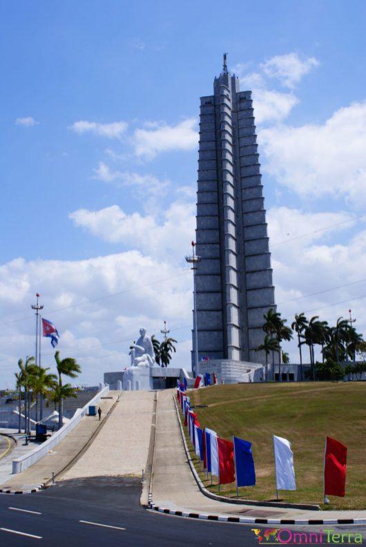 Cuba - Havane - Place de la révolution