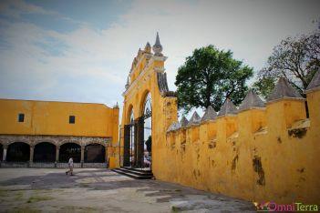 Mexique - Cholula - Eglise - Cours