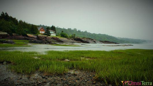Québec - Gaspésie - Cacouna - Maisons au bord de l'eau
