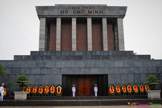 Vietnam - Hanoi - Mausolée de Ho Chi Minh