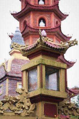 Vietnam - Hanoi - Pagode Trấn Quốc