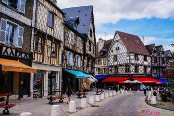 Bourges - Place Gordaine
